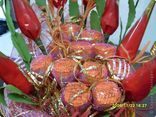 Мой первый букет из конфет. Делала на 50-ти летие свекрови ))) фото 4