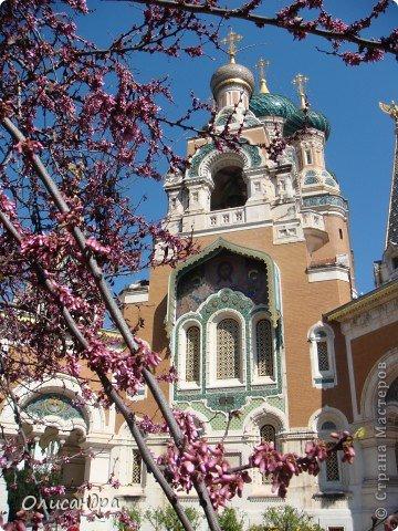 Ницца – один из красивейших уголков Франции, была основана в 5 веке до н. э. греками. Название произошло от имени богини победы – Ники.  В 19 веке отдыхать в Ницце полюбила сначала английская, а потом и французская аристократия.  фото 16