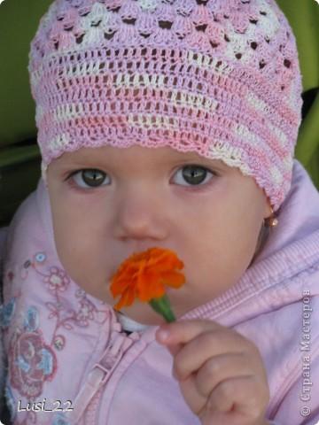 Вот таких шапочек и повязочек навязала своей дочурке. Предлагаю вашему просмотру. Может и вам что-нибудь приглянётся. фото 15