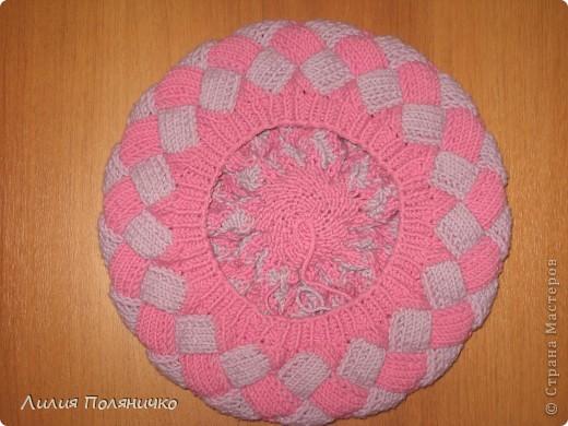Нужна была шапка для дочки, и нашла в интернете новую технику вязки энтерлак, очень понравилось думаю еще и варежки такие же связать фото 3