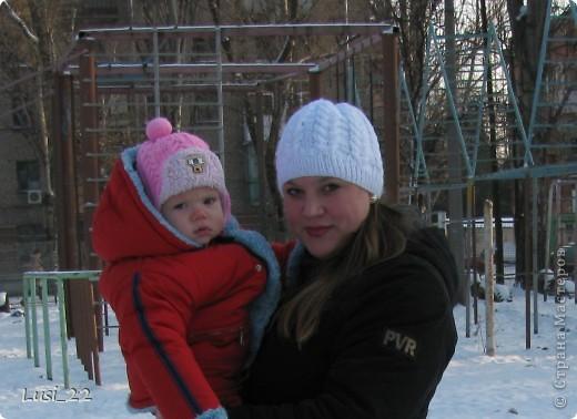 Вот таких шапочек и повязочек навязала своей дочурке. Предлагаю вашему просмотру. Может и вам что-нибудь приглянётся. фото 25