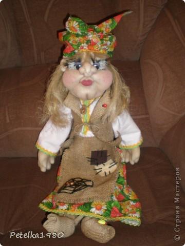 Две недели назад заказали мне трёх куколок - две бабки Ёжки и одного домового. фото 2