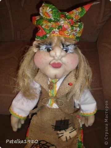 Две недели назад заказали мне трёх куколок - две бабки Ёжки и одного домового. фото 3