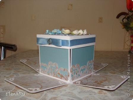 Сына пригласил на свадьбу одноклассник. Пока делала эту коробочку несколько раз слезы наворачивались - помню его маленьким, забавным, глазастым и беззубым, а вот ведь - ЖЕНИХ!!! фото 3
