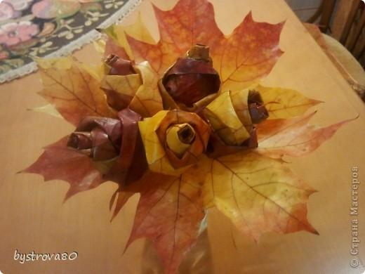 Розы из кленов фото 1