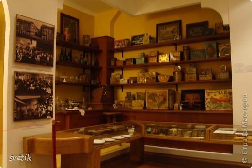 Сегодня приглашаю Вас прогуляться с нами по музею хлеба. Музей будет интересен не только взрослым, но и детям. Заходим и видим  такую красоту.  Мельница из знакомых всем хлебобулочных изделий))) фото 25