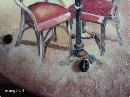 """Давненько я ничего не выкладывала.... Выдалось очень тяжелое лето для моей семьи, поэтому не было сил и времени что-то делать. И только совсем недавно закончила несколько работ, которые были в состоянии заготовок ооочень долгое время))) Приятного просмотра! Начинаем с часов. Это подарок подруге, он как раз вовремя """"подоспел"""" к ее дню рождения))) фото 4"""