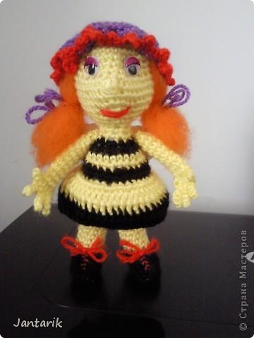 Вот семейство пчёлок-к двум уже знакомым вам пчелятам прибавилась ещё парочка-пчёлка Майя и Толстячёк. фото 2