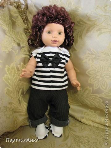 """Привет, Страна! Знакомая-логопед слёзно просила привести в порядок """"рабочую"""" куклу. Ну, не могу же я отказать?... Когда она мне её принесла, я поняла, что экипировать придётся по полной. Вот такой она ко мне попала. фото 11"""