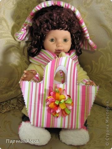 """Привет, Страна! Знакомая-логопед слёзно просила привести в порядок """"рабочую"""" куклу. Ну, не могу же я отказать?... Когда она мне её принесла, я поняла, что экипировать придётся по полной. Вот такой она ко мне попала. фото 19"""