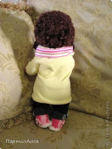 """Привет, Страна! Знакомая-логопед слёзно просила привести в порядок """"рабочую"""" куклу. Ну, не могу же я отказать?... Когда она мне её принесла, я поняла, что экипировать придётся по полной. Вот такой она ко мне попала. фото 15"""