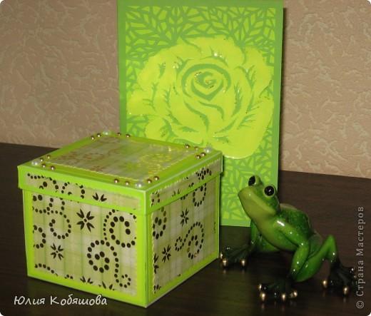 Вот такая коробочка с сюрпризом и открыточка получились у меня в подарок ко дню учителя. Набор для учительницы игры на флейте, к которой моя Дашенька ходит на уроки. фото 1