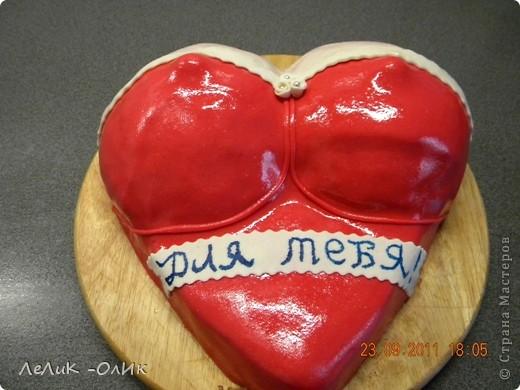У мужа было День рождения и я решила испечь вот такой тортик!!! Он у меня сладкоежка!!! фото 1