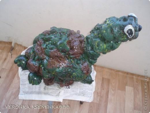 Вот оно мое произведение из коробки пластиковой от торта и строительной пены. фото 5
