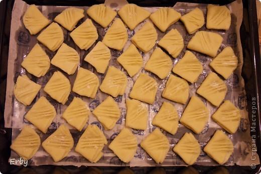 """Хочу поделиться с вами рецептом замечательного печенья,которое  называется """"Гусиные лапки"""". Печенье получается невероятно вкусным, нежным и главное, что его можно делать вместе с детками. Готовится очень быстро и вполне подойдет для праздничного стола.  фото 11"""