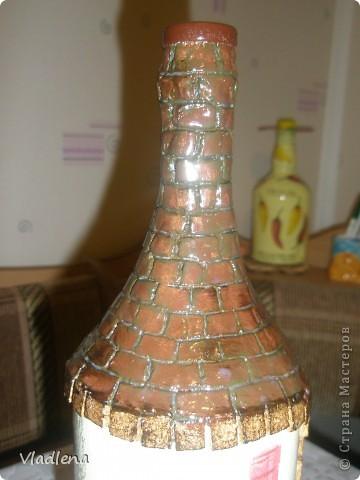 Доброй ночи всем! Я опять с бутылочками. На этой использовала мотив салфетки, упаковочную бумагу, шпагат, ракушки. фото 8