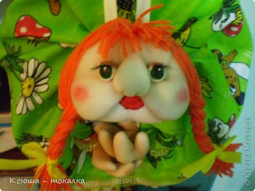Ура!:) Наконец - то я ЭТО сделала!!!:) Приглашаю вас на знакомство. Это моя первый попик, и моя первая кукла вообще. Если бы мне, еще несколько месяцев назад, сказали бы, что я буду шить, я бы, наверно, пальцем у виска покрутила, потому что никогда не чувствовала в себе пристрастия к швейному делу. фото 2