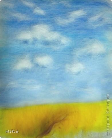 Эта картина может служить интересным подарком, при этом на создание требуется немного времени и средств. Сюжет - бескрайнее русское пшеничное поле и летнее небо над ним.  Размер работы 18х24 см. фото 7