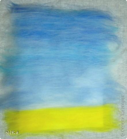 Эта картина может служить интересным подарком, при этом на создание требуется немного времени и средств. Сюжет - бескрайнее русское пшеничное поле и летнее небо над ним.  Размер работы 18х24 см. фото 4