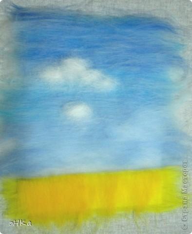 Эта картина может служить интересным подарком, при этом на создание требуется немного времени и средств. Сюжет - бескрайнее русское пшеничное поле и летнее небо над ним.  Размер работы 18х24 см. фото 6