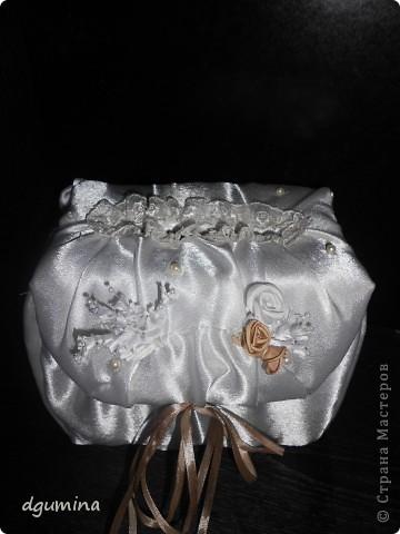 Свадебная бутылочка, бокалы и подушечка для колец. На свадьбу сестричке. фото 4