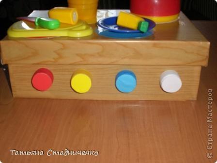 Вот сделала  дочке плиту для игр,внутрь можно складывать посудку. фото 2