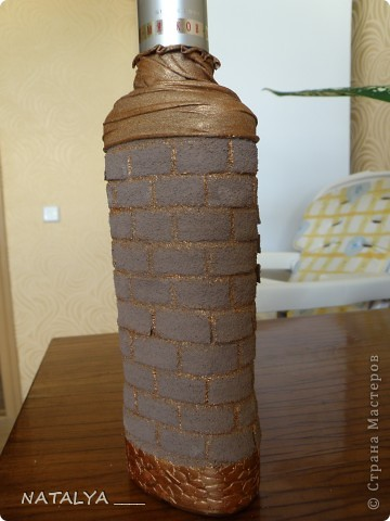 Понравилась бутылка-крепость у Катюся,делала по её мастер классу,большое спасибо.Крышку не придумала как задекорировать,решила оставить так,всё равно будут открывать. фото 2