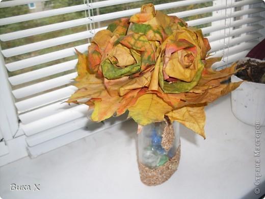 Розы из листьев клёна фото 2