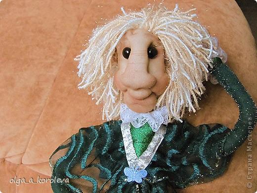 Эта кукла сделана по мотивам эльфа Елены Лаврентьевой. Я попробовала сделать что-то на проволочном каркасе. И вот что получилось. фото 6