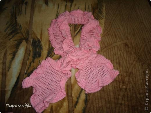 Вот такой шарфик я связала для себя лет 5 назад, когда только начинала учиться вязать крючком. фото 1