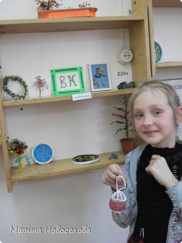 На выставке детского творчества фото 8