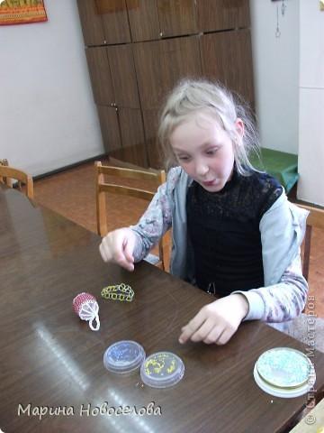На выставке детского творчества фото 9