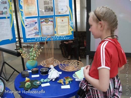 На выставке детского творчества фото 14