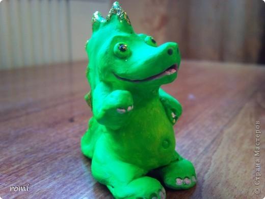 маленький зелененький дракончик (всего 7 см) фото 2