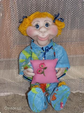 Здравствуй страна! Сегодня доделала куклу Анютку) Делала её воодушевившись Нехочухой Атаманши) Спасибо за идею. Вот такая у меня получилась девчушка. фото 2