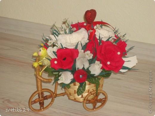Едет муха на базар цветочки продавать))) Сделала в подарок для знакомой. фото 3