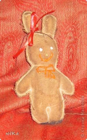 Вчера провела 5 часов на мастер классе Ирины Еремчук. Делали ароматизированные объемные игрушки и игрушки-пряники. Этот Медвежонок  пахнет корицей и ванилью. Прямо Новогоднее настроение на заказ. фото 3