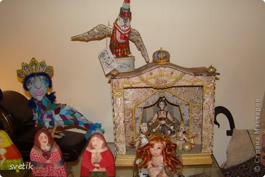 """Выбирая куда пойти с детьми, нашли адрес этой галереи. В комментария было написано:""""Если  мне тоскливо или плохое настроение, я всегда прихожу в эту галерею. Здесь можно не только посмотреть, но и купить куклы""""  Вот и мы отправились сюда, после очередного музея...  фото 9"""