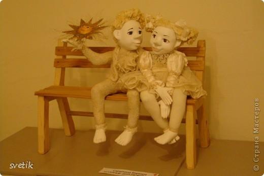 """Выбирая куда пойти с детьми, нашли адрес этой галереи. В комментария было написано:""""Если  мне тоскливо или плохое настроение, я всегда прихожу в эту галерею. Здесь можно не только посмотреть, но и купить куклы""""  Вот и мы отправились сюда, после очередного музея...  фото 29"""