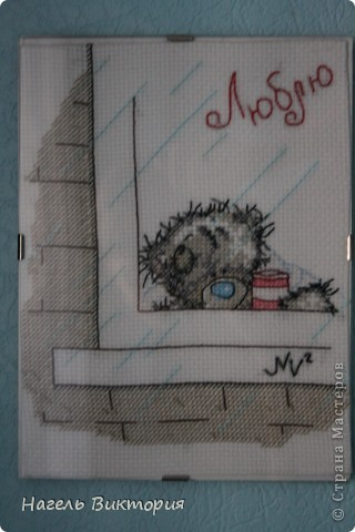 Мишка Тедди у окна