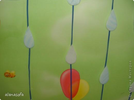 Вот такая у нас выставка сыночкиных работ у него в комнате. фото 4