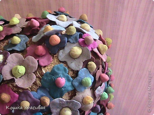 """Чем только не украшали на нашем сайте """"деревья счастья""""! Бумага, ленты, кофе, розы... Теперь дошла очередь до фиалок. фото 2"""