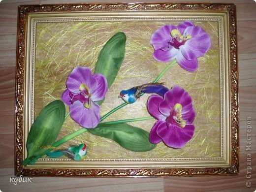 вот такие панно или картины я сделала по маминой просьбе :))))) Основу купила в цветочном магазине(что то типа сизаля только в рулоне), цветы из ткани, птички, все собрала в такую композицию фото 2
