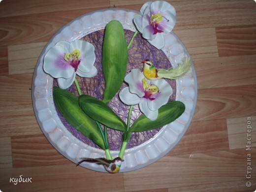 вот такие панно или картины я сделала по маминой просьбе :))))) Основу купила в цветочном магазине(что то типа сизаля только в рулоне), цветы из ткани, птички, все собрала в такую композицию фото 3
