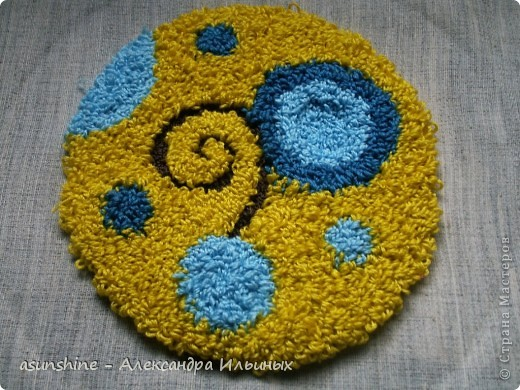 Вышивка ковровая Нетканый