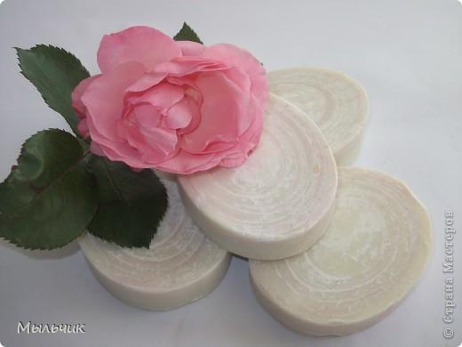 """Натуральное взбитое мыло на соке белого винограда сорта """"Шардоне"""" фото 5"""