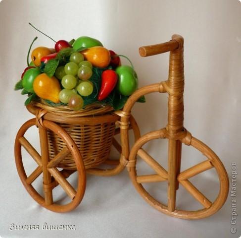 Добрый день, дорогие мастерицы!!!!! Хочу показать вам мечту садовода-огородника!!!!! Я уже декорировала велосипед цветами, выполненными в технике канзаши http://stranamasterov.ru/node/213355 фото 1