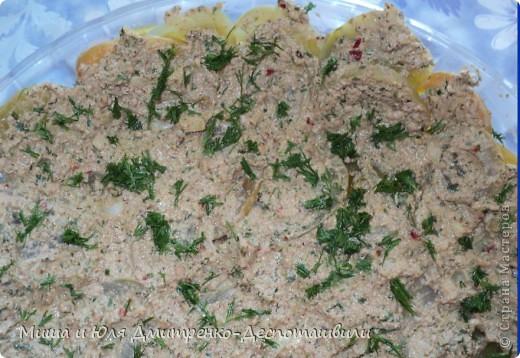 Зеленые помидоры под грецкими орехами отличная закуска и салат. На мой вопрос Мише к чему его подают, он ответил, что подают к хорошо накрытому грузинскому столу :)  фото 1
