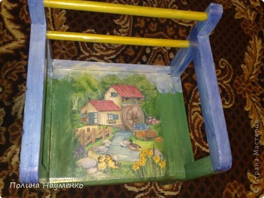 Этому стульчику сто лет, мой муж еще на нем сидел в своем детстве))) фото 2