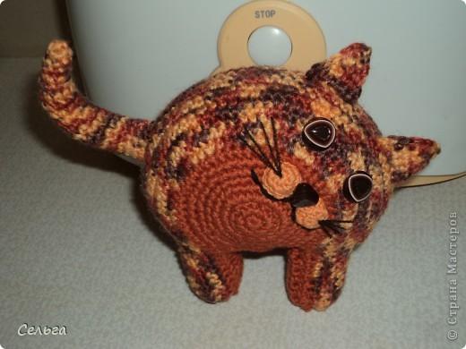 Кошечка-модница с ридикюлем(это отдельная игрушка-мышка, только хвостик в виде петли, чтобы надевался на лапку кошки). фото 2